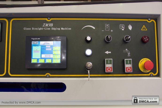 PLC дисплей. Станок для обработки кромки стекла Enkong ZM9.