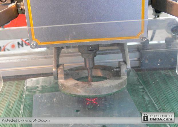 Лазерный маркер. Станок для сверления стекла Enkong ZJ130.