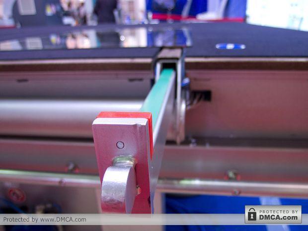 Автоматический стол раскроя стекла Bottero 332 BKM. Планки загрузки.