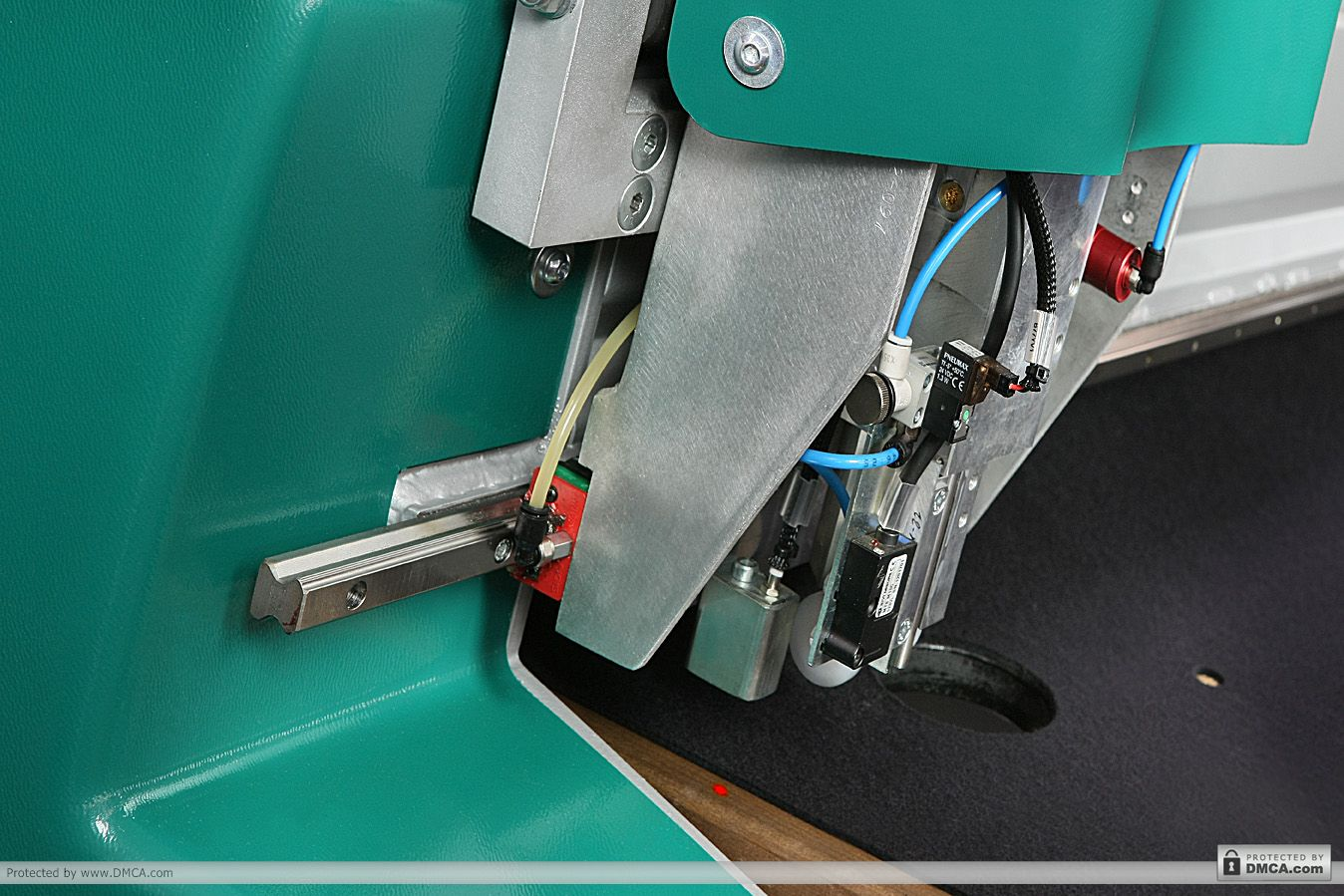 Автоматический стол раскроя Bottero 353